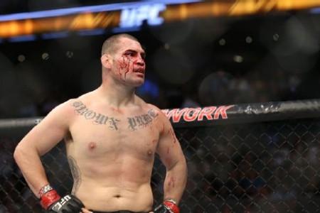 Реванш между солдатами UFC Веласкесом иВердумом отменен